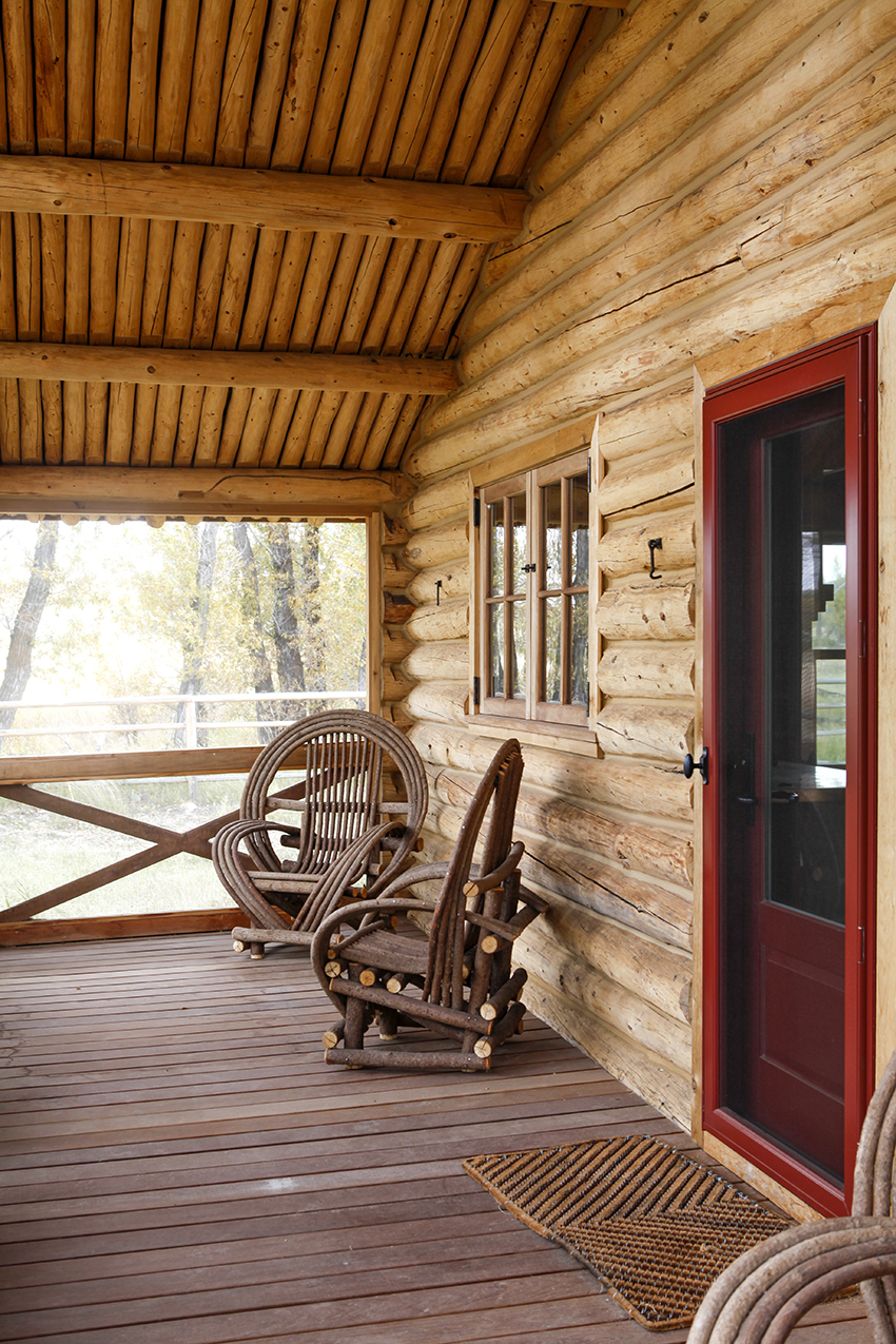 Idyllic log cabin and screened porch vintage homes and for Log cabin screened in porch